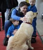 Mylintys šunis rinkosi Mokymo centro stende